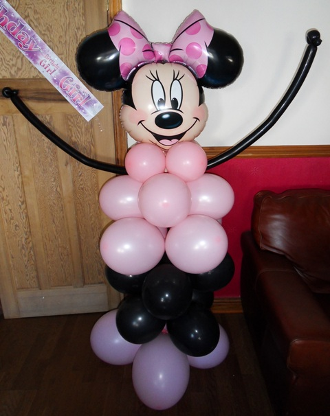 Minnie Mouse standing balloon display