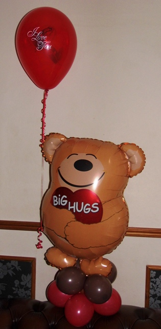 Cute Valentines Bear Balloon