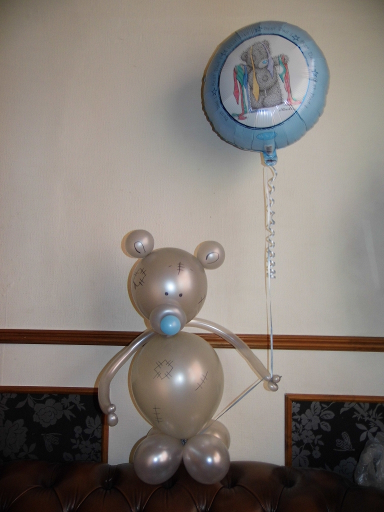 Fathers Day balloon display, air filled balloons, fathers day balloons, fathers day balloon delivery blackpool, balloons blackpool, tatty teddy fathers day balloon display
