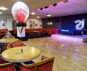 number balloons, bubble balloons, themed balloons, helium balloons, balloon delivery blackpool, party balloons blackpool, blown away balloons blackpool
